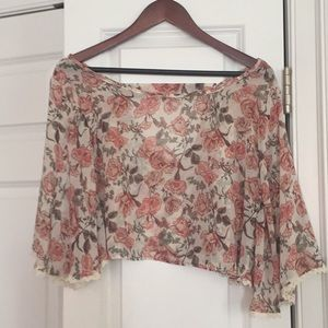 Romantic floral cropped blouse